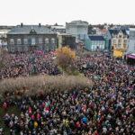 WomensDemonstrationAgainstGenderedIncomeInequality_Reykjavik_24Oct2016_photo_BSRB_5 (1)